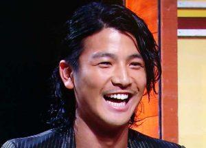 岩田剛典 髪型